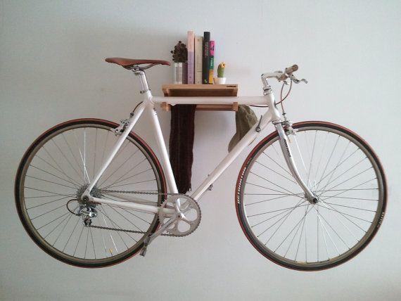 Soporte de pared para la bicicleta  -  wall bicycle stand