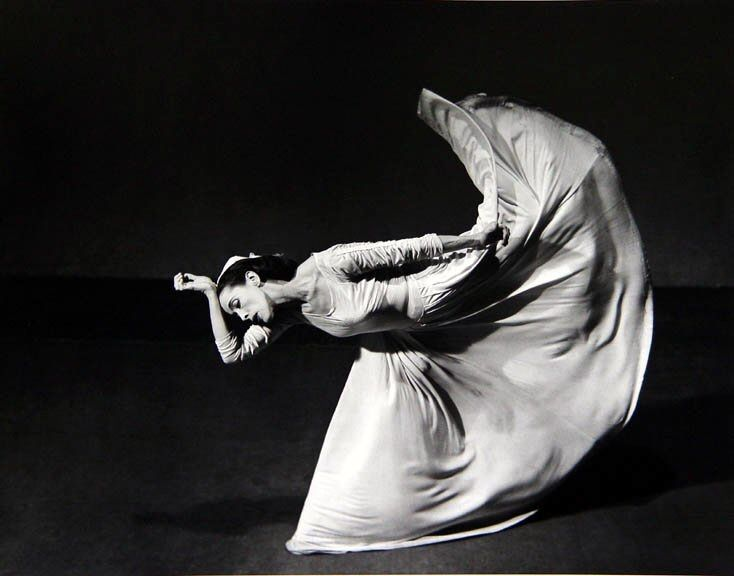 Martha Graham. Photographer Barbara Morgan. 1940, silver gelatins. A true classic.
