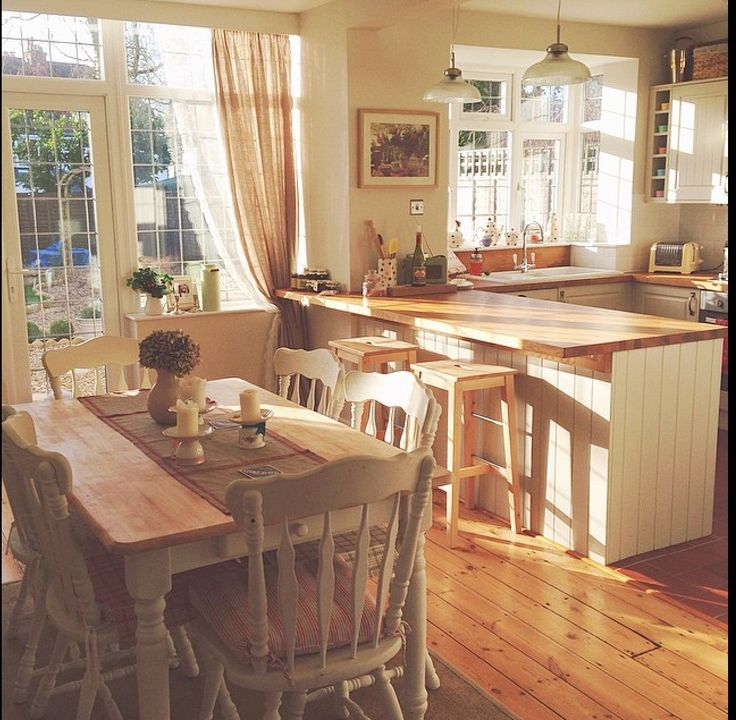 Country Style Kitchen With Cream Units Garden Trading Pendent Lights Over The Breakfast Bar