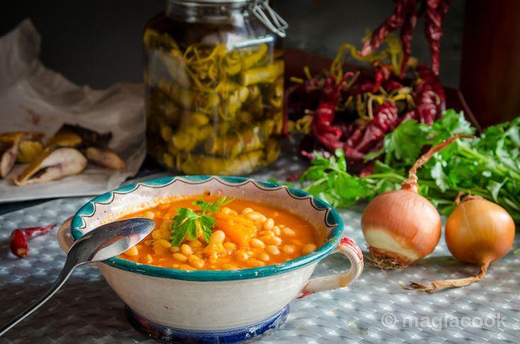 Φασολάδα (κόκκινη με καυτερή πιπεριά, σέλινο και καρότο)