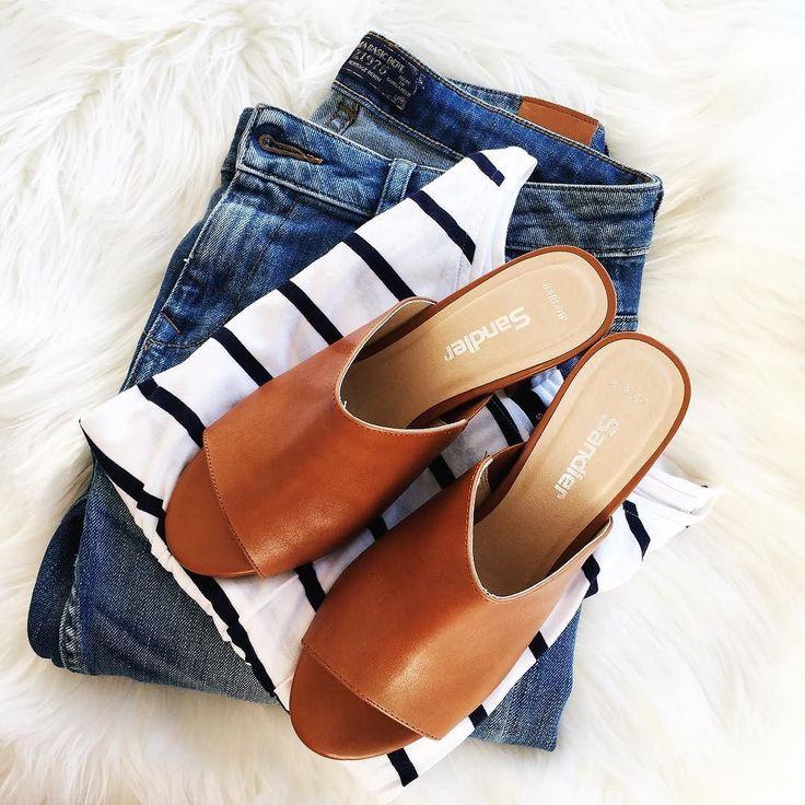 My unofficial summer uniform: distressed denim stripes and tan mules.  @zaraaus jeans   @sportsgirl stripe tee   @sandlershoes Barlow mules (gifted) . . . #teamstripes#everydaystyle#brisbane#styleinspiration#potd#brisbaneblogger#dailylook#fashionista#fashiondiaries#fblogger#fashionblogger#moda#SS2016#fun#stripes#wiw#instafashion#style#fashion#lookbook#vscocam#30plusstyle#streetstyle#sydney#melbourne#brisbane