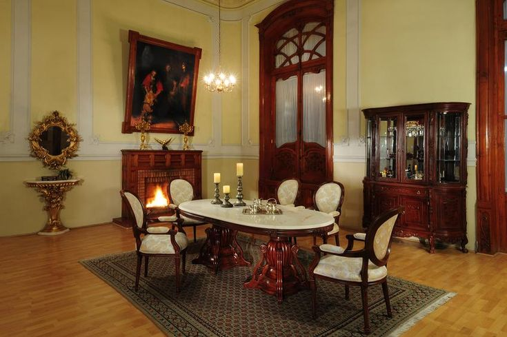 25 best ideas about victorian dining rooms on pinterest victorian dining tables victorian - Victorian living room decorating ideas with pics ...
