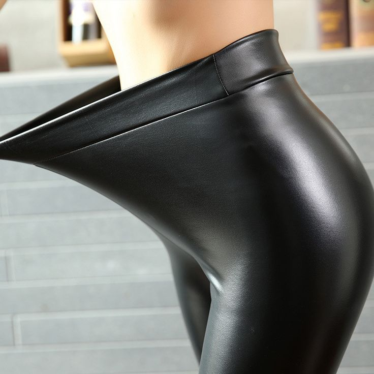 PU Leather Leggings Waist Type: High Fabric Type: Knitted Material: Wool,Faux Leather Length: Ankle-Length size Waist Width(cm) Hip Width(cm) Pant length(cm) S 63 80 94 M 66 84 95 L 69 88 96