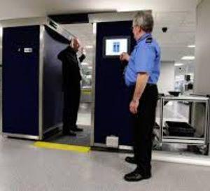 """Les Européens débloquent le """"PNR"""" et se penchent sur l'avenir menacé de l'espace Schengen"""