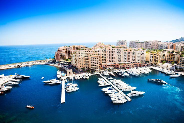 Port de Fontvieille, Monaco Monte Carlo. #croisière #croisierenet.com #voyage #Monaco #croisièreméditerannée