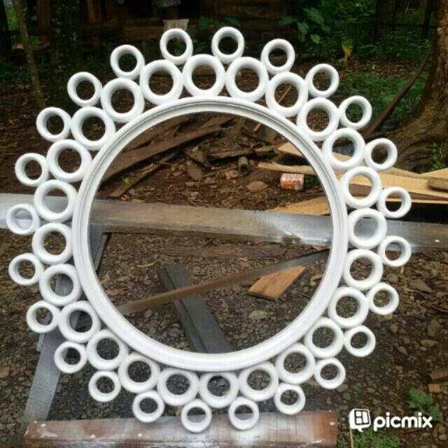 Saya menjual mirror bulat seharga Rp1.500.000. Dapatkan produk ini hanya di Shopee! https://shopee.co.id/rodwifurniture/14333182 #ShopeeID