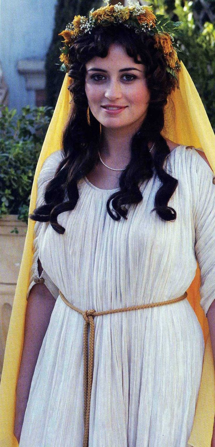 This Image Represents How A Roman Women Would Wear An