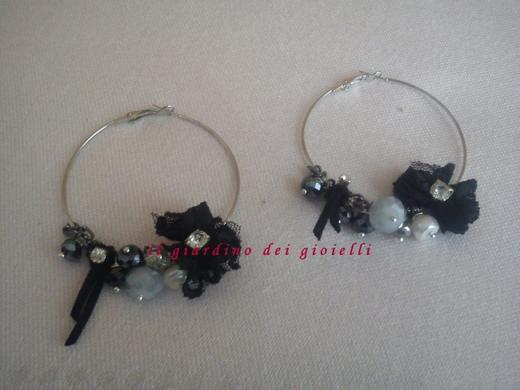 circle earrings, strass, crystals