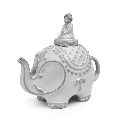 Look at this teapot! So cute! The Darjeeling Teapot.
