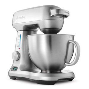 Breville BEM800XL 550 Watts Stand Mixer  The Breville 5 Qt. Die-Cast Stand Mixer is a bakers dream with its focus on mixing essentials. Stand mixer comes with: •5.0 Qt. Stainless steel mixing bowl •Dough hook •Wire whip •Scraper beater •Flat beater •Spatula •Pour shield ; Specially designed scraper beater continually scrapes the sides and bottom of bowl while mixing.