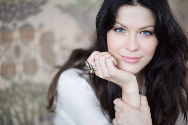 Jenni Vartiainen, Finnish singer