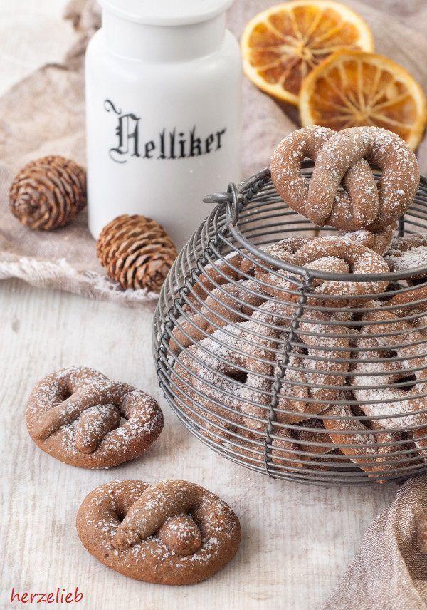 Recipe for Christmas Cookies | Rezept fr ein Weihnachtskekse | find me on Facebook: https.//facebook.com/herzelieb   herzelieb  Weihnachtskekse Rezept Weihnachtspltzchen backen herzelieb