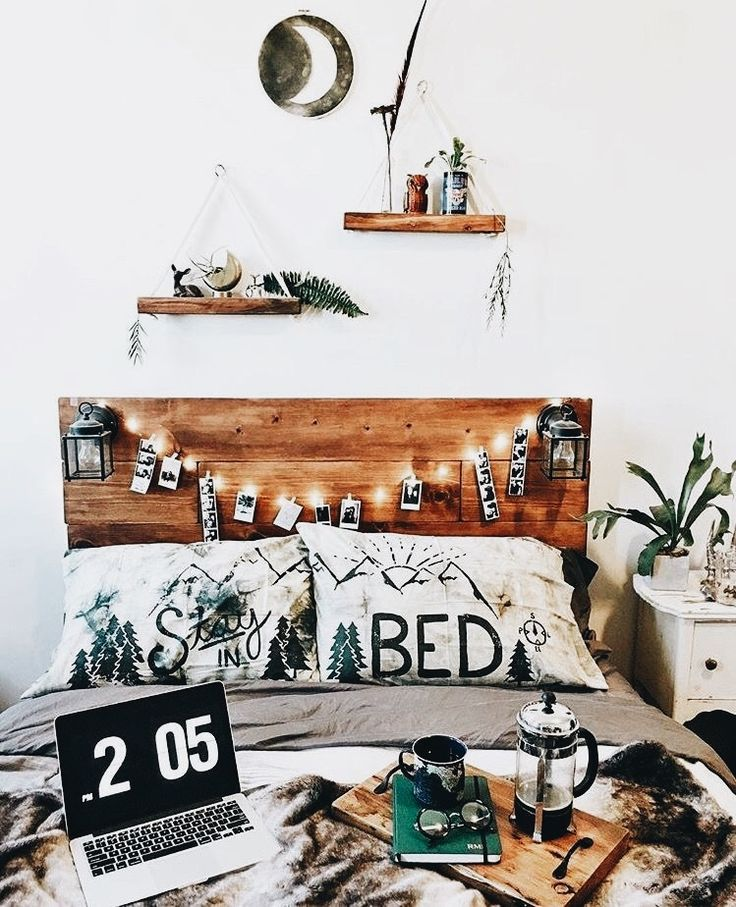 Best 20 hipster dorm ideas on pinterest hipster room for Hipster wall art ideas