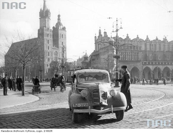 Rynek Główny, między 1939 a 1945.