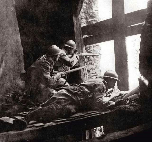 643 best la grande guerre images on pinterest world war one french soldiers at verdun publicscrutiny Image collections