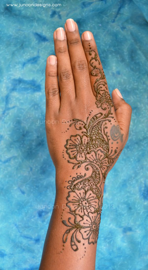 Mehndi Hands Real : Henna hand real tattoo makedes