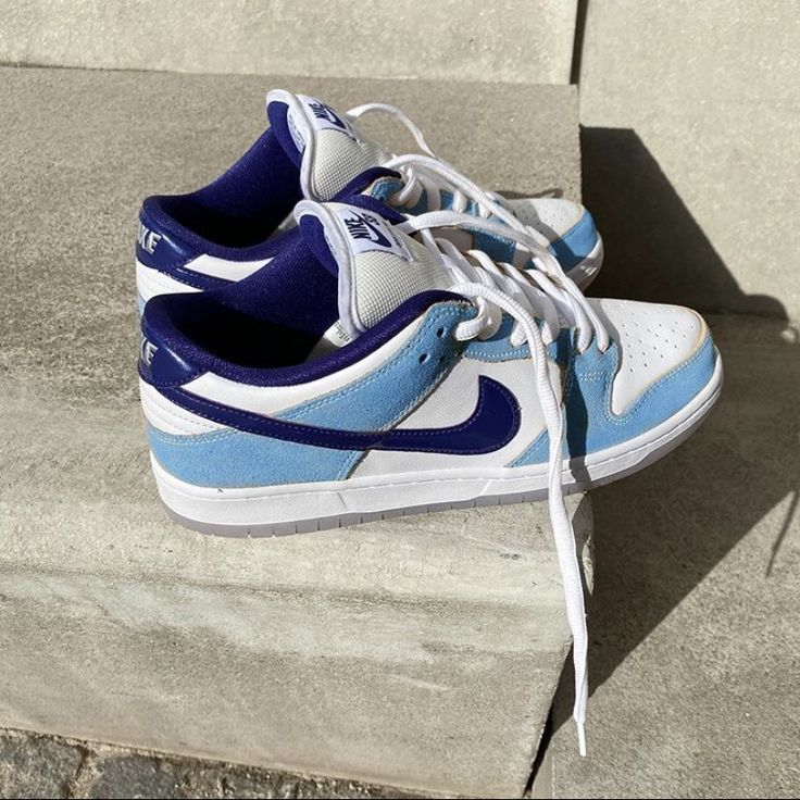 Pin by Aaliya S on step on my neck in 2020 Sneakers