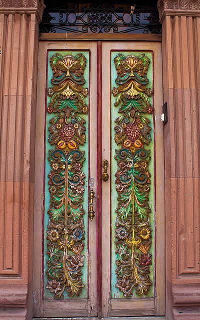 Puerta Rustica, San Miguel de Allende, Mexico, grow!studio