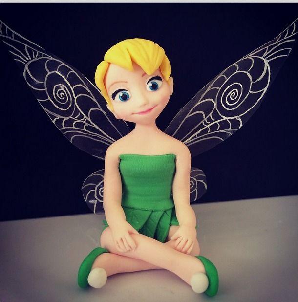 """@mardiemakescakes on Instagram: """"Tink in sugar. Gelatine wings #tinkerbellfondant #tinkerbellcake #tinkerbell #fondant #cairns #cairnscakes"""""""