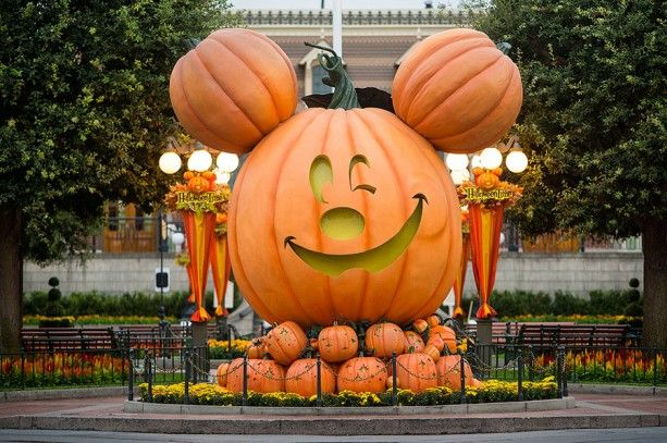 Mickey's Halloween Party Expands to 17 Nights with Return of Halloween Time at the Disneyland Resort, September 11 – November 1