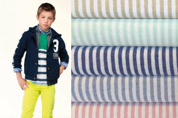 Los colores amuletos son: negro, azul marino, rojo y blanco. ¡Nunca fallan! Si quieres arriesgar un poco más combina azul marino con algún complemento amarillo, esta es la versión más actual de esta tendencia de moda infantil.