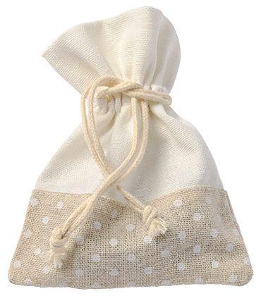 Sac pochon en lin beige à pois blanc, De jolis sacs en lin, parfaits pour offrir des dragées ou décorer avec subtilité vos tables : http://www.mariage.fr/pochons-lin-pois-blancs-dragees-pas-cher.html