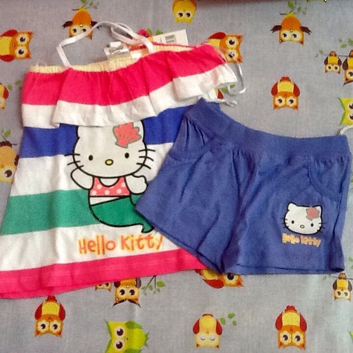 Completo Hello Kitty 6 anni pantaloncini e maglietta estate idea regalo