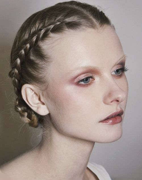 One of my favorite everyday looks for makeup. Very soft, delicate, and romantic - I envision her in an old English garden reading Shakespeare.