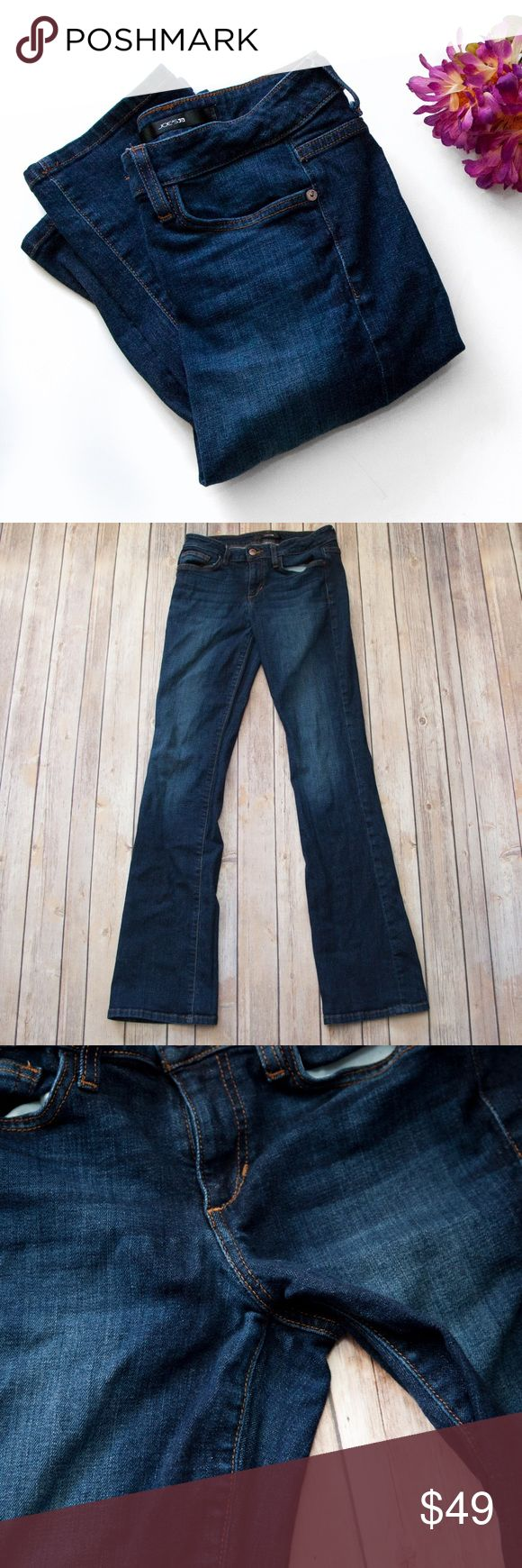 """Joe's Jeans Curvy Bootcut Rosie Wash FHRO5730 These are awesome curvy Bootcut Jeans! Waist measures approx. 14.5"""" across laying flat, approx. 8.25"""" front rise, and approx. 33"""" inseam. Some light puckering in the crotch area but xcellent pre-loved condition!  🚫no trades 🚫no modeling ✅dog friendly/🚭smoke free home ✅reasonable offers ✅bundle & save! Joe's Jeans Jeans Boot Cut"""