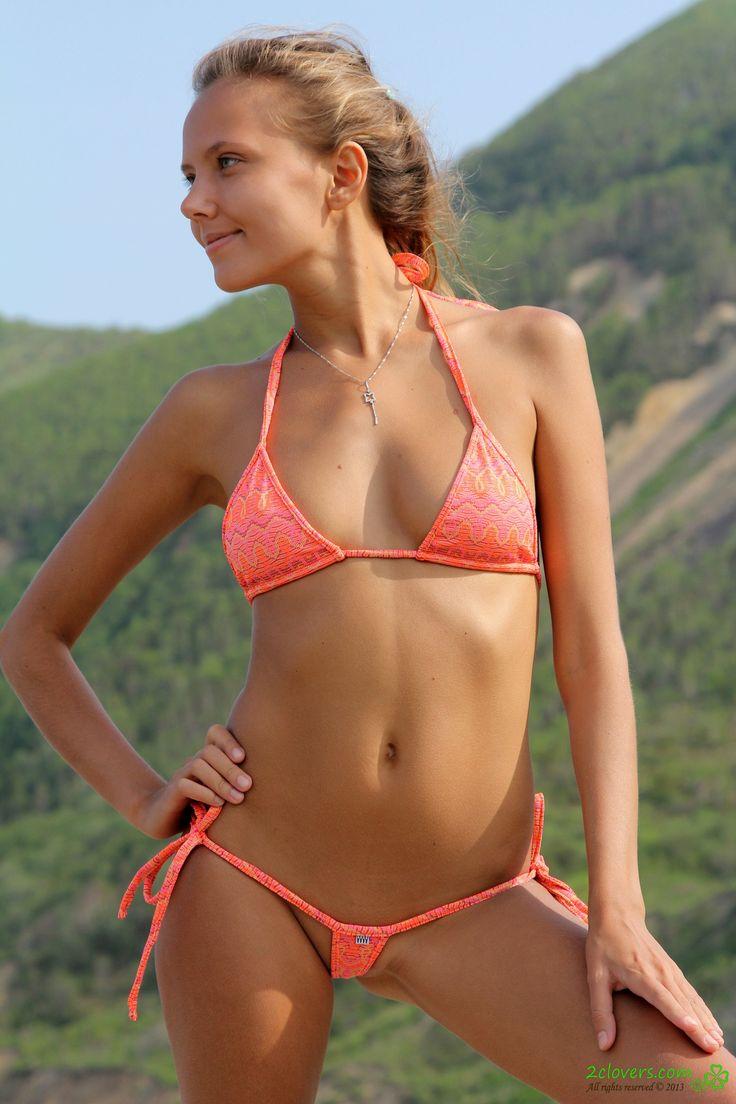 bikini women art