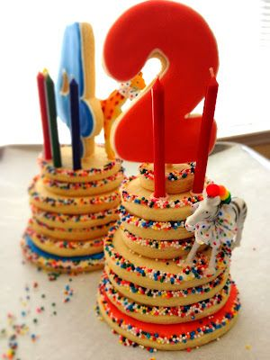 Great alternative to a birthday cake. Circus themed birthday cookie cakes. | doughandbatter