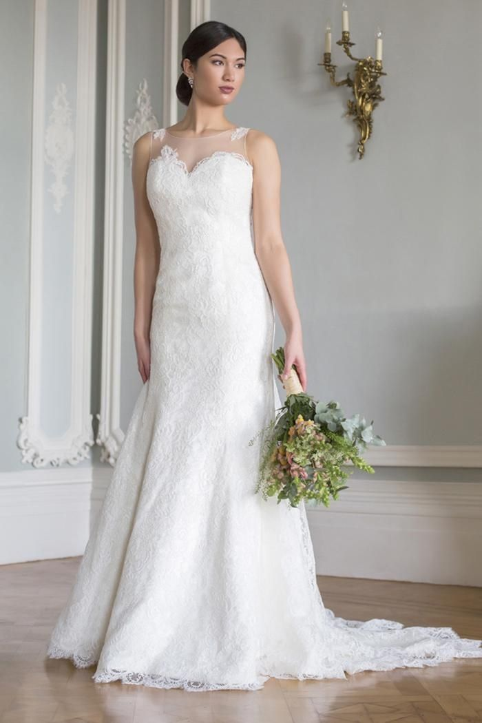 The 71 best BeB- AUGUSTA JONES images on Pinterest | Short wedding ...