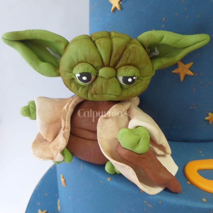 Star Wars Yoda fondant topper