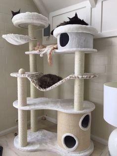 Arranhador de gato trono de ferro                                                                                                                                                      Mais