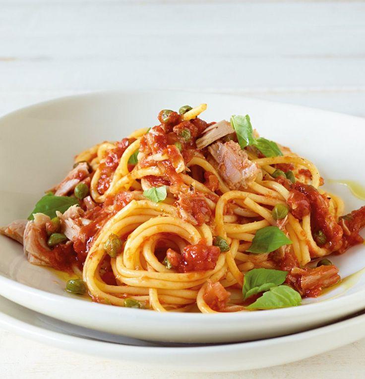 Rezept für Thunfisch-Pasta bei Essen und Trinken. Ein Rezept für 2 Personen. Und weitere Rezepte in den Kategorien Fisch, Gemüse, Gewürze, Kräuter, Nudeln / Pasta, Hauptspeise, Dünsten, Kochen, Italienisch, Einfach, Schnell.