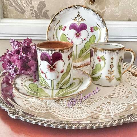 Pansy Cups & Saucers
