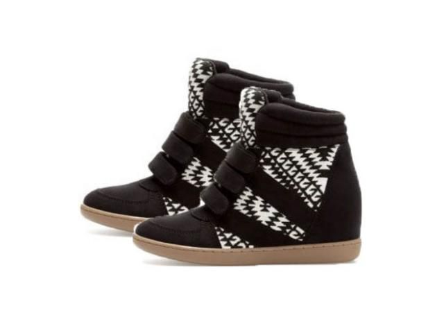 Sneakers Stradivarius Black and White