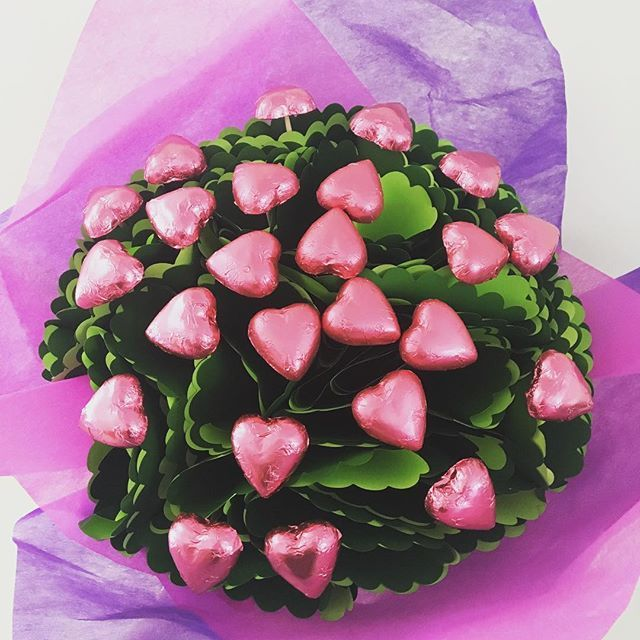 Chocolates instead of flowers #valentineday #edibleblooms