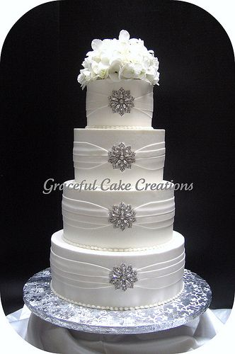 Find This Pin And More On Cakes Diamonds Pearls
