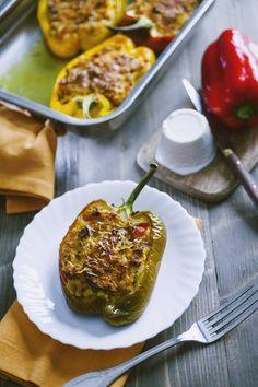 Peperoni ripieni: Amo i #peperoni ripieni in ogni modo, ma i miei preferiti sono forse questi vegetariani: un trionfo di #verdure davvero irresistibile!