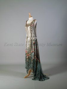 Dress  CreatorBoué Soeurs  Signed Nameattributed to  Date1928, ca.