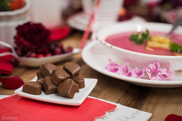 Valentinstag, Deko, DIY, Rezepte, Deko Tipps, DIY Ideen, Valentinstags Rezepte, Blumen, Blumendekoration, Blumenarrangement, valentinesday, valentines recipes, valentines deco, deco ideas, DIY ideas, flower power, flowers, pink, rosa, flower decoration, ...http://www.cookingcatrin.at/valentinstag-rezepte-deko-und-geschenkideen/
