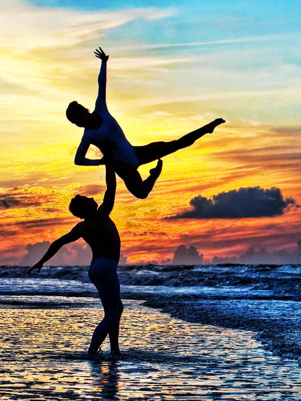 Ballet lift. Ultimate trust test. Folly Beach, South Carolina.