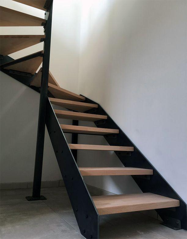 Escalier A Limons Lateraux Marches En Bois Escalier En Kit