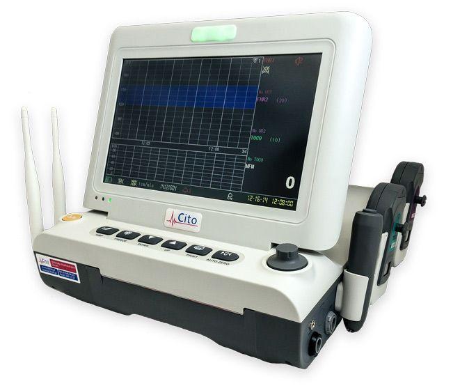 Profesjonalny Aparat KTG z bezprzewodowymi głowicami KTG, wbudowana analiza badania.