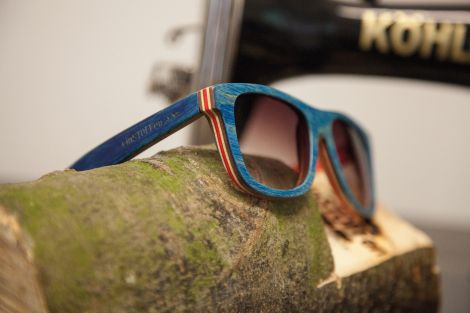 einSTOFFen Holzbrille Skateboard Edition