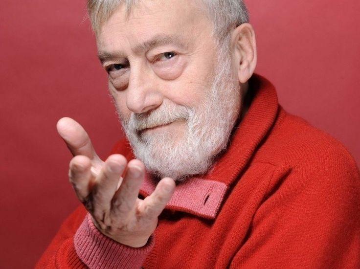 Michel Duchaussoy, acteur de théâtre et de cinéma, né le 29 novembre 1938 à Valenciennes et mort à Paris le 13 mars 2012.