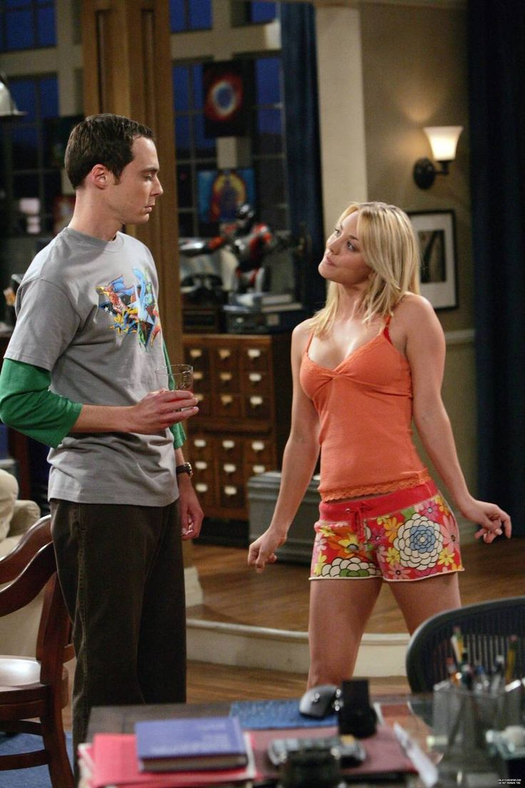 Jim Parsons as Sheldon Cooper and Kaley Cuoco as Penny ...