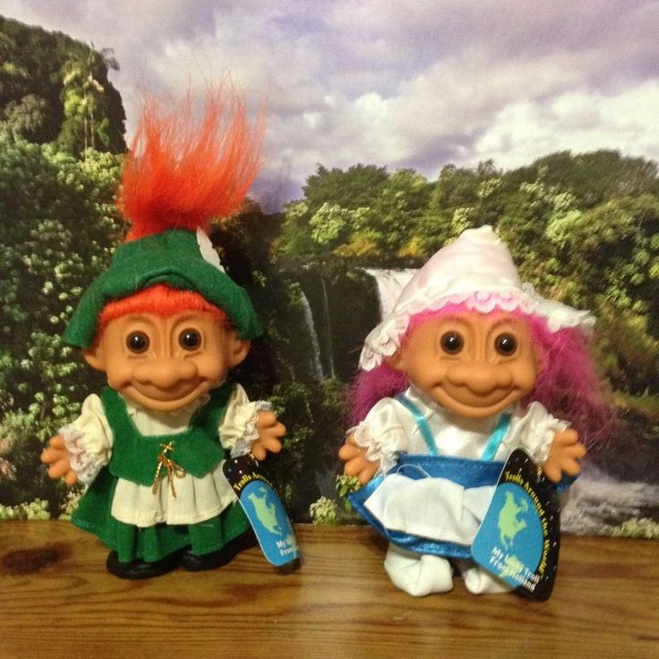 Collectors hobbyists troll dolls with bundle listing