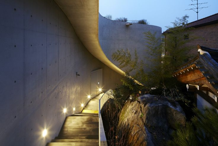 Dialogue in the Dark Bukchon / Wise Architecture